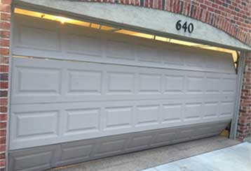Common Electric Garage Door Malfunctions | Garage Door Repair Los Angeles, CA